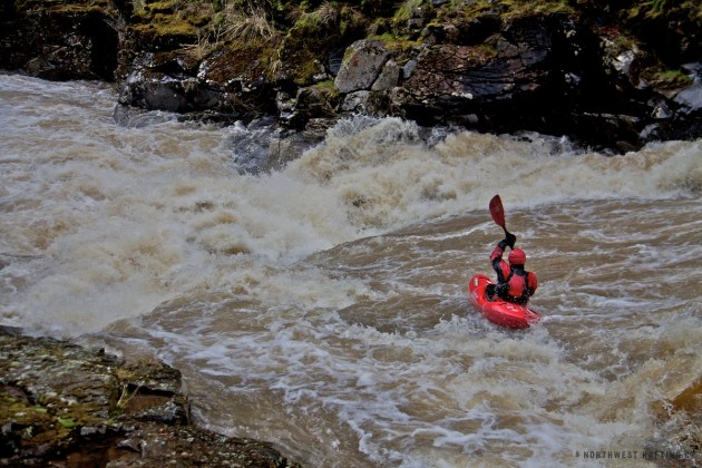 Paddling into a HUGE river wide hole on the Little Klickitat River